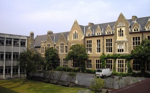 HAMMERSMITH - Godolphin and Latymer School